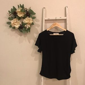 [Loft] Black Tee with Petal Sleeves